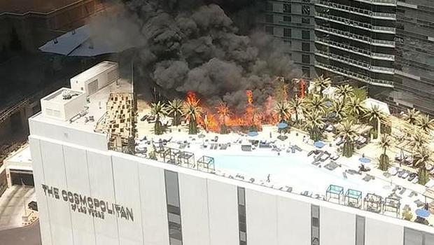 Fire On Las Vegas Strip Sends Heavy Smoke Into Sky Cbs News