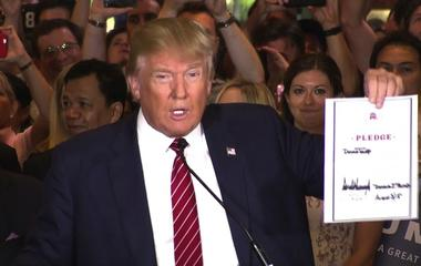 Donald Trump signs the wrong date on loyalty pledge