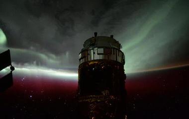 Astronaut shoots timelapse videos of auroras