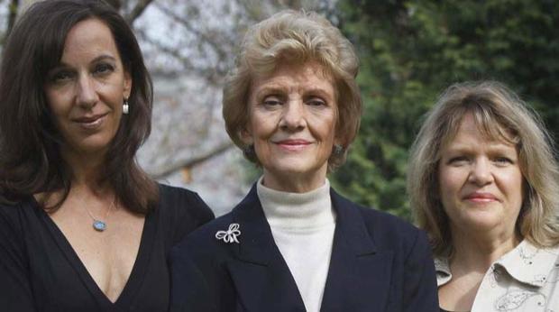 Jeanne Bishop,Joyce Bishop和Jennifer Bishop-Jenkins