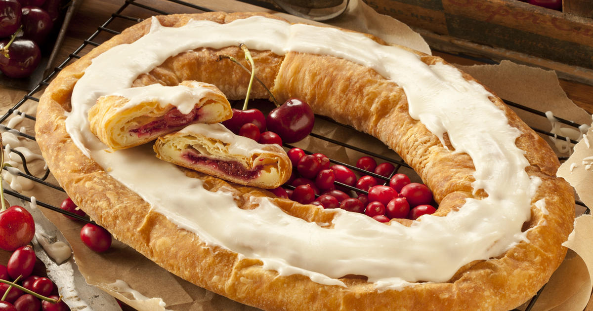 The Kringle: A sweet Wisconsin favorite - CBS News