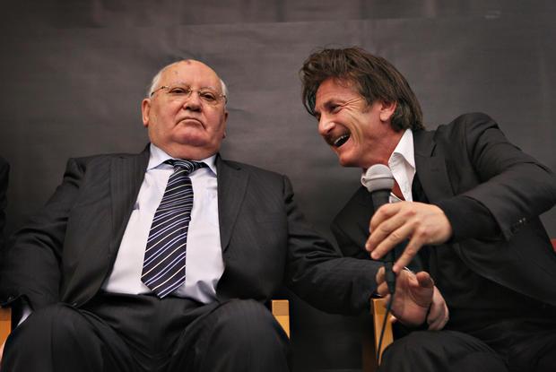 Sean Penn's famous meetups