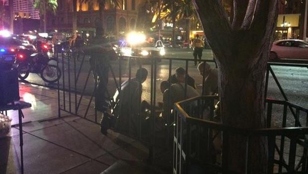 Passerby hit by gunfire on Las Vegas Strip - CBS News