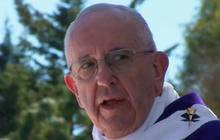 Migrants help highlight Pope Francis' message in Mexico