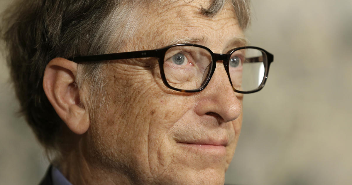 Lucky woman got Bill Gates as her Reddit Secret Santa