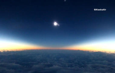 Amazing video: solar obscure from 37,000 feet