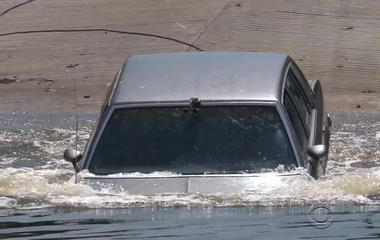 What to do if you're stuck in a flooded car