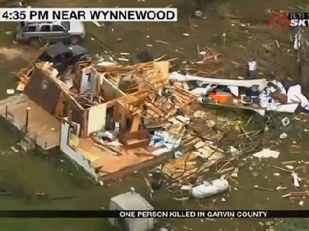 2016年5月9日龙卷风席卷后,在俄克拉荷马州Wynnewood附近看到了家的遗迹