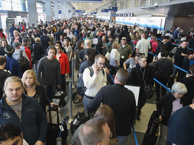 Four US airports to open automated security lanes this fall