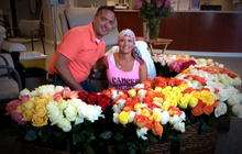 Husband surprises wife with 500 roses at last chemo
