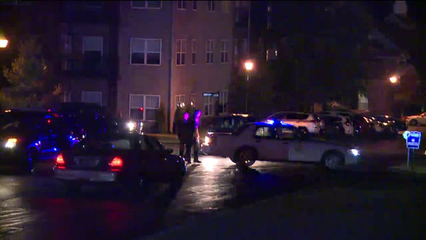 IMPD detective shot, suspect in standoff in Cincinnati