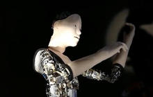 Humanoid robot is powered by neural network