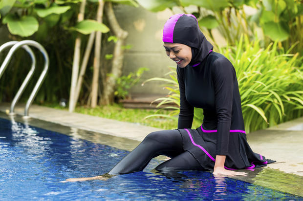 muslimwomanburkiniistock.jpg