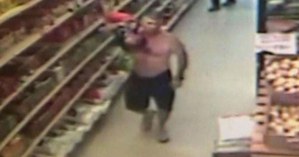Abduction Suspect Carries Tot Out Of Braintree