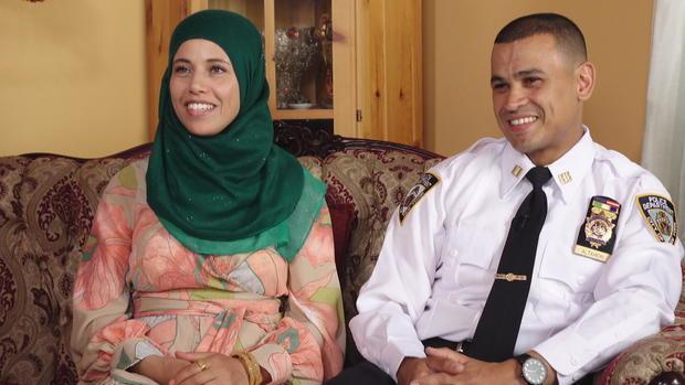 CTM-0823-穆斯林警察军官jamiel-altaheri-和wife.jpg