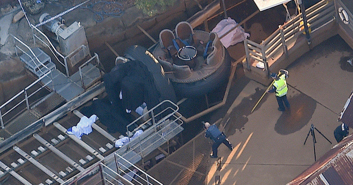 cc9841d1a77 SYDNEY - Four people were killed Tuesday after a river rapids ride  malfunctioned at a popular theme park on Australia s east coast