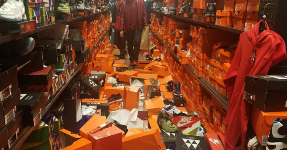 Seattle Nike store gets completely trashed by Black Friday shoppers