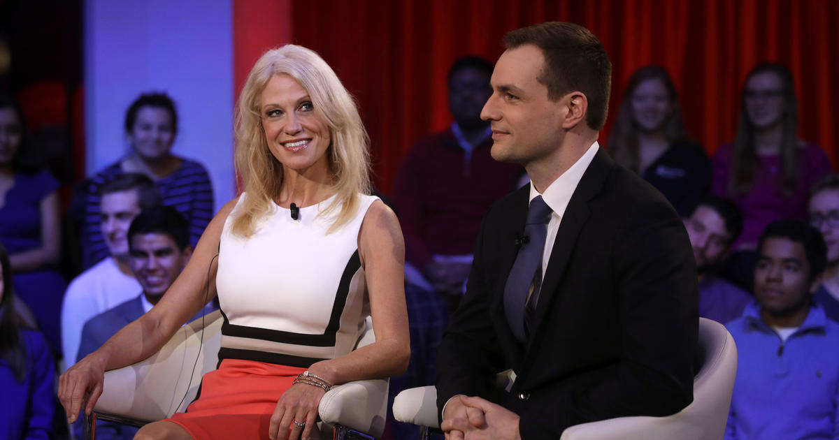 Top Trump and Clinton aides fued at Harvard forum