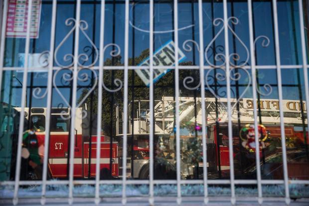 oakland warehouse fire   deadly fire at oakland warehouse