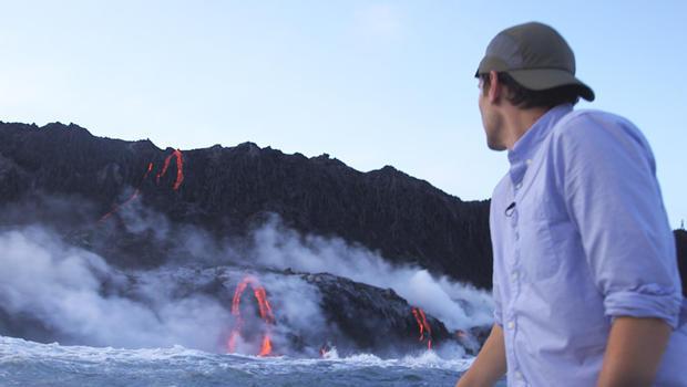 conor-knighton-hawaiian-volcanoes-national-park-shoreline-620.jpg