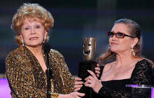 Heartbreaking new footage of Carrie Fisher & Debbie Reynolds