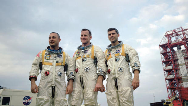 Apollo 1 astronauts lost in tragic fire 50 years ago - CBS ...