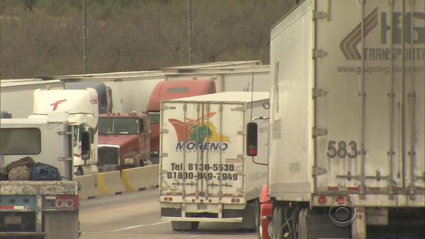 trucks21.jpg