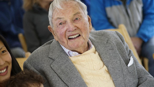 Billionaire banker, philanthropist David Rockefeller dies at 101
