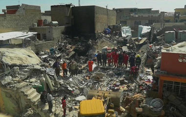 Mosul airstrike under investigation after at least 100 killed in huge explosion