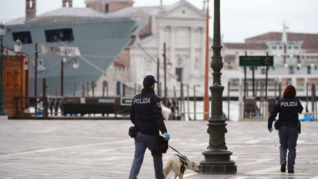 Italian police say terror cell busted in popular tourist spot