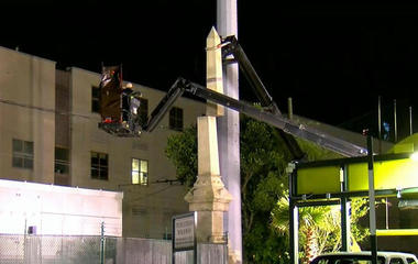New Orleans removes Confederate statue