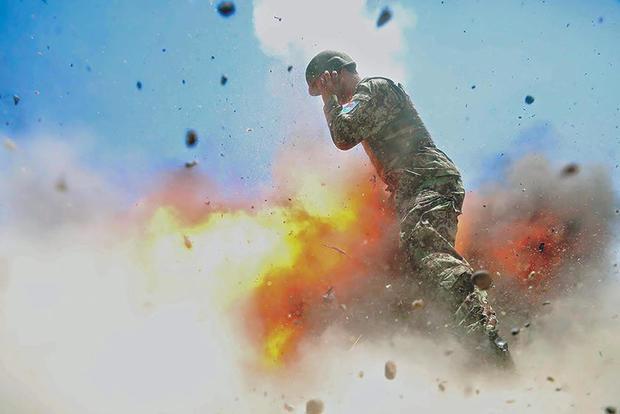 170503-us-army-hilda-clayton-explosion-01.jpg