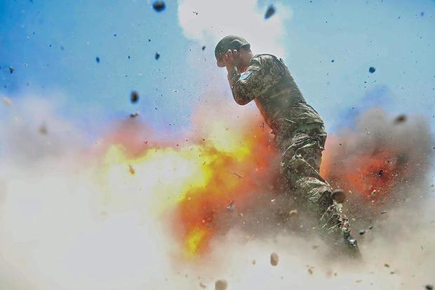170503-US-军队希尔达 - 克莱顿防爆01.JPG