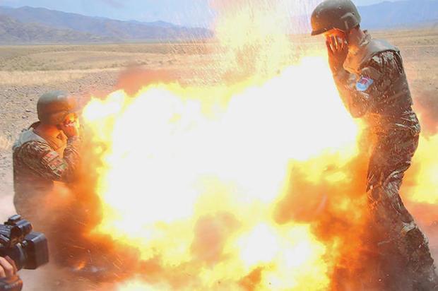 170503-US-军队希尔达 - 克莱顿防爆02.JPG