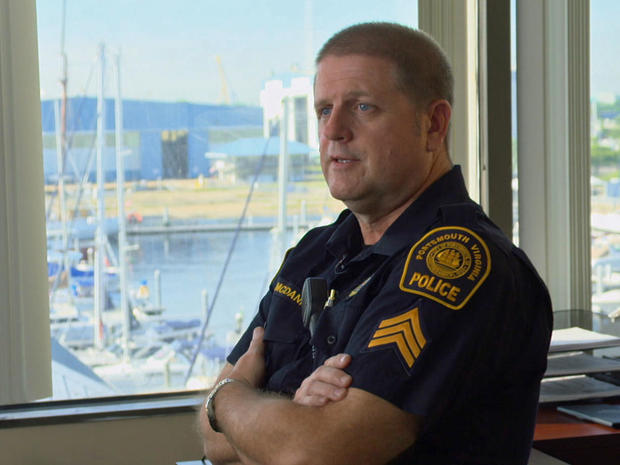 军士。朴茨茅斯警察局局长罗伯特麦克丹尼尔
