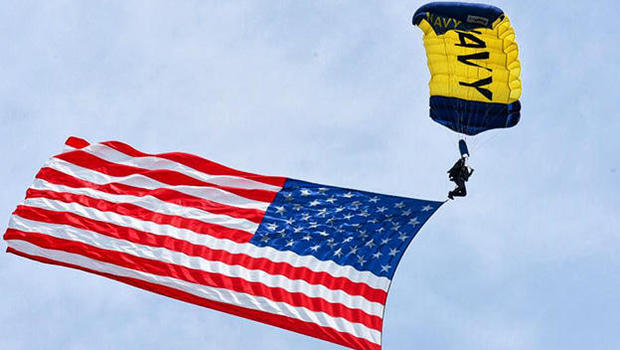 Navy SEAL dies in parachuting accident at Fleet Week