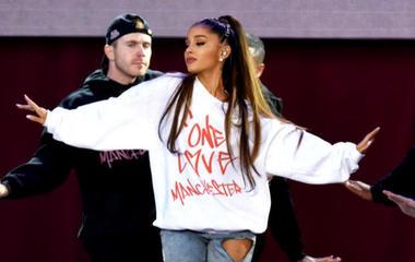 Ariana Grande gets tattoo after Manchester concert
