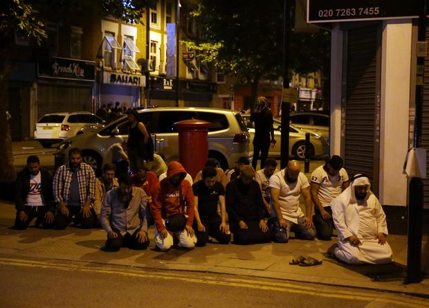 finsbury-park-attack-prayer-697446554.jpg