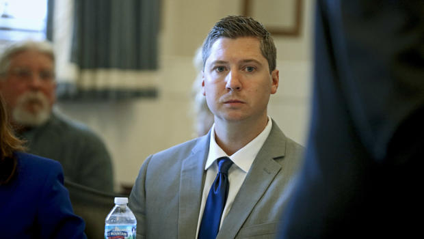 Mistrial declared in Ohio cop's murder retrial