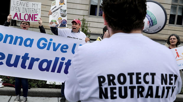 Tech companies band together, pressure FCC to keep net neutrality