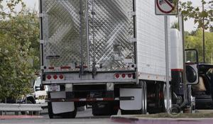 Truck driver faces federal charges of illegally transporting immigrants