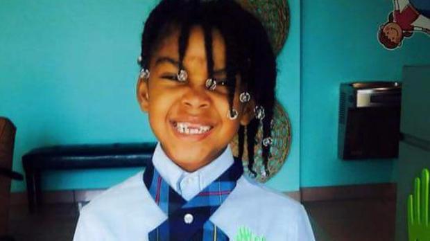 Ki'ari Pope在她的家人提供给佛罗里达州西棕榈滩的CBS联盟WPEC-TV的照片中看到。