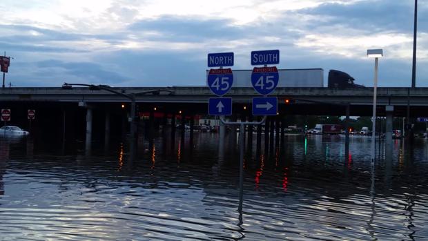 170808  - 伊恩 - 麦凯 -  LSM-德克萨斯州的洪水-03.png