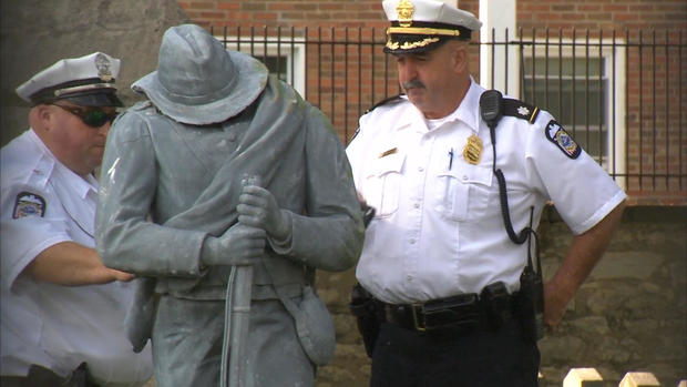 0822-statue.jpg