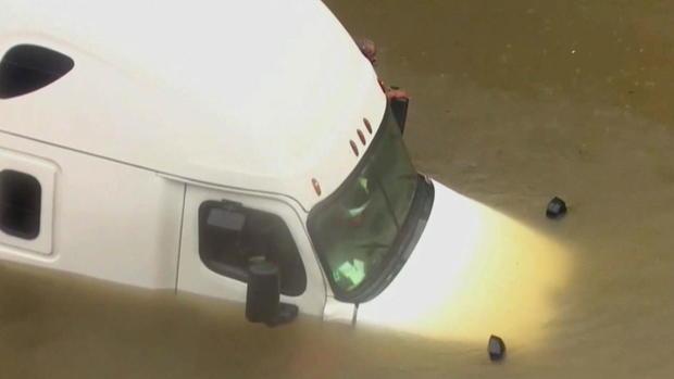 CTM-0828-休斯敦水浸半卡车driver.jpg