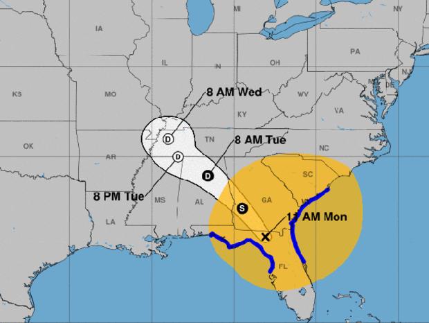截至2017年9月11日上午11点,地图显示了飓风伊尔玛遗迹的预计路径。蓝线代表热带风暴警报下的沿海地区。可能受持续热带风暴力风影响的区域以橙色表示。