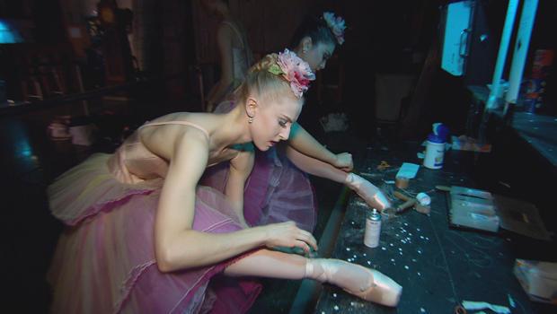 新纽约城市芭蕾舞胡桃夹子舞者 - 准备 - 足尖鞋-620.jpg