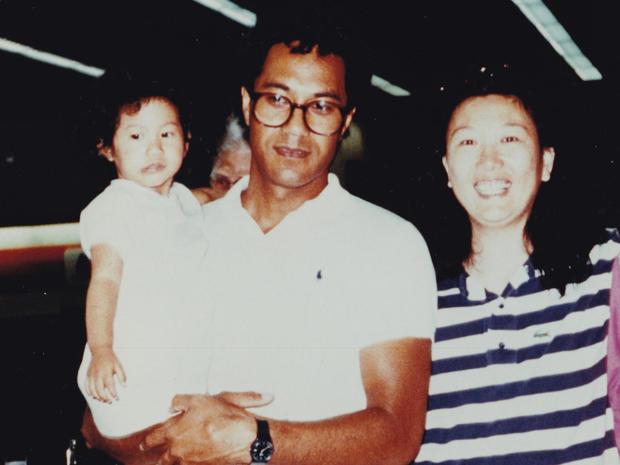 Joann Vaega和她的父母