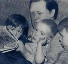 arthur-lithgow-reading-to-his-children-244.jpg