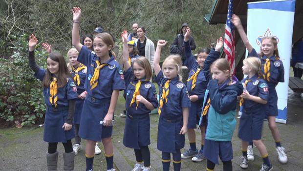 boy-scouts-girl-cub-scouts-620.jpg
